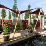 Bambusrohr und Sonnensegel