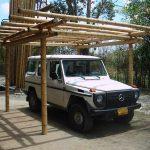 Carport aus Guadua-Bambusrohr