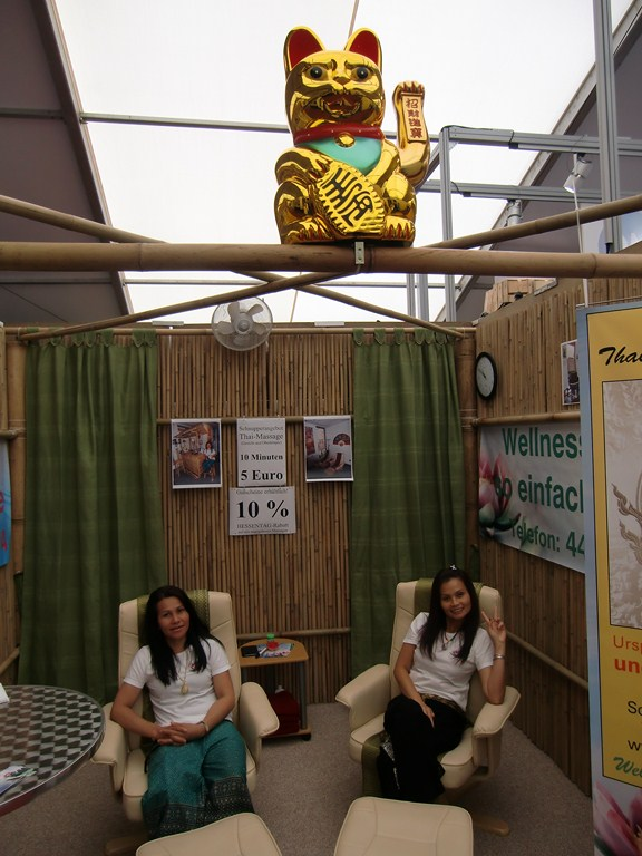 Messestand aus Bambus-Sichtschutzmatten vom Bambusfachhandel CONBAM